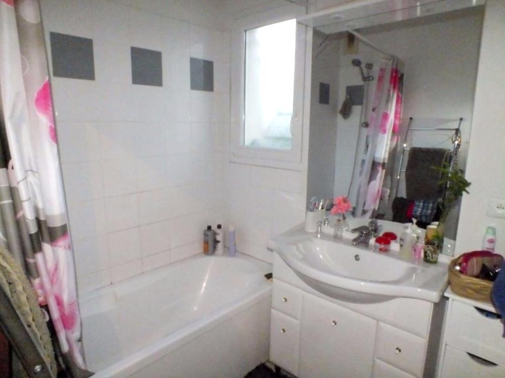 Salle de bains appartement Marmande